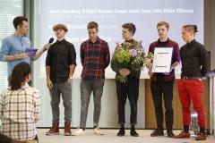 Moderator Tim Wiese und die Gewinner in der Kategorie 4: Ein Traum von Glück