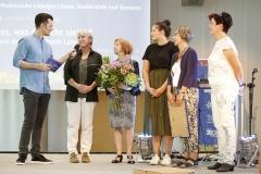 """Moderator Tim Wiese und die Gewinner in der Kategorie 3: """"Ich höre was, was Du nicht siehst"""" – Ein Rundgang mit den Ohren durch Leipzig"""