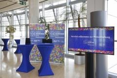 Vor dem Einlass zur Verleihung des Medienkompetenzpreises Mitteldeutschland 2019